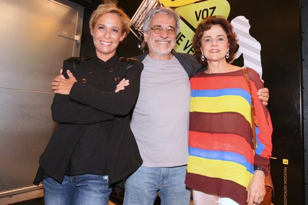 Andréa Beltrão, Aderbal Freire Filho e Marieta Severo vão ao teatro no Rio (Foto: André Muzell/ Ag. News)