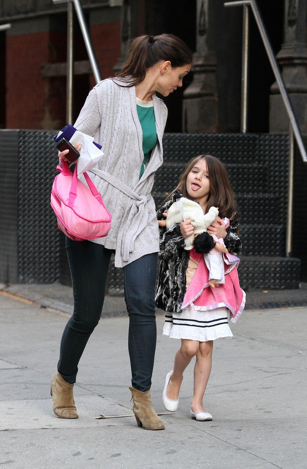 Suri Cruise (Foto: Agência Grosby Group)