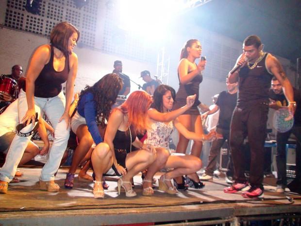 Show do Naldo em Queimados (Foto: Leotty Jr/Ag News)