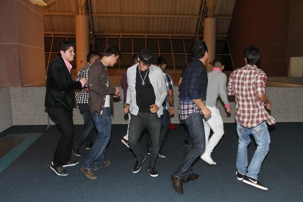 Neymar participa de show de Gusttavo Lima e faz dancinha (Foto: Gabriel Santos/Photo Rio News)