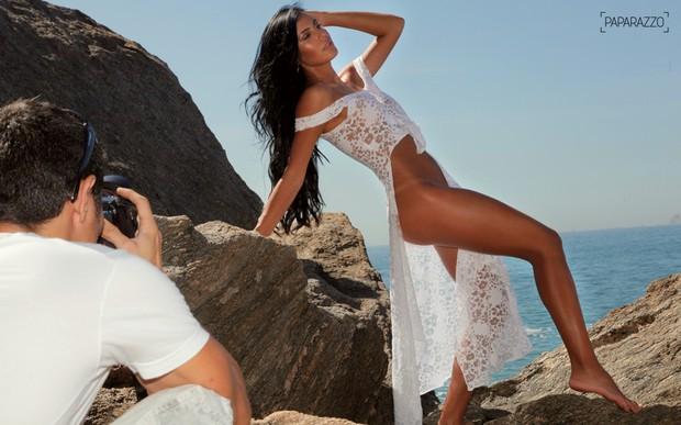 Lorena Bueri posa para o Paparazzo (Foto: Alexandre Campbell / Paparazzo)
