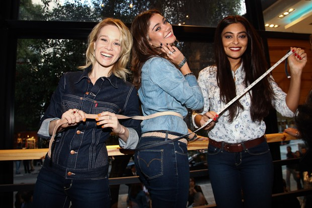 Mariana Ximenes, Sophie Charlotte e Juliana Paes em evento de jeans em São Paulo (Foto: Photo Rio News/ Manuela Scarpa)
