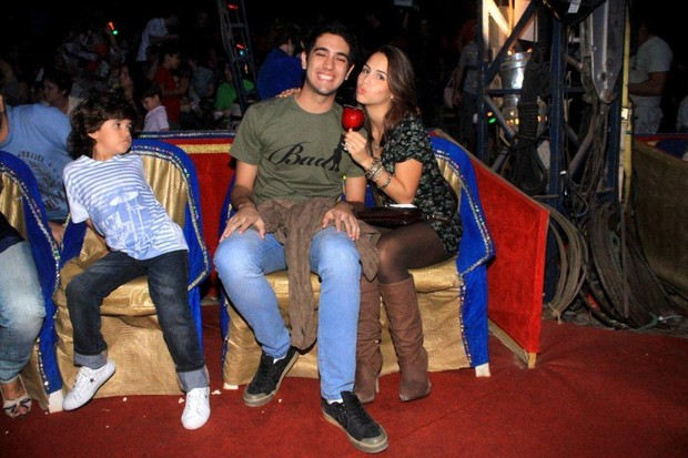 Miguel Rômulo e Pérola Faria (Foto: Delson Silva/Agnews)