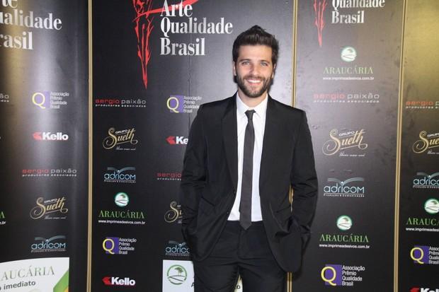 Bruno Gagliasso no prêmio Qualidade Brasil 2012 em casa de shows na Barra da Tijuca, Zona Oeste do Rio (Foto: Thyago Andrade/ Photo Rio News)