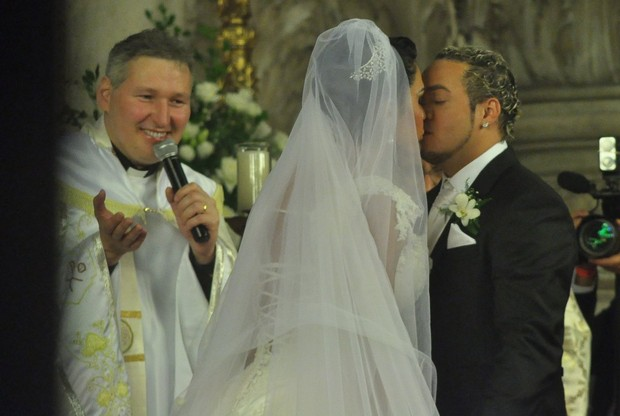 Belo e Gracyanne se casam (Foto: Roberto Teixeira/EGO)