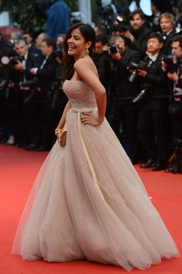 Gyselle Soares no Festival de Cannes 2012 (Foto: AFP)