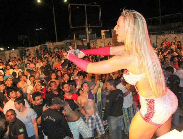 Valesca Popozuda canta em Congresso Universitário em Salinas, Pará (Foto: Wesley Costa / AgNews)