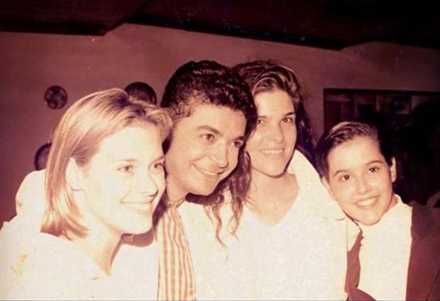 Carolina Dieckmann, David Brazil, Cristiana Oliveira e Deborah Secco (Foto: Twitter/ Reprodução)