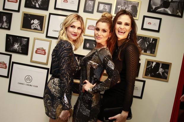Julia Faria, Flávia Alessandra e Fernanda Tavares em Cannes (Foto: Felipe Panfili / AgNews)