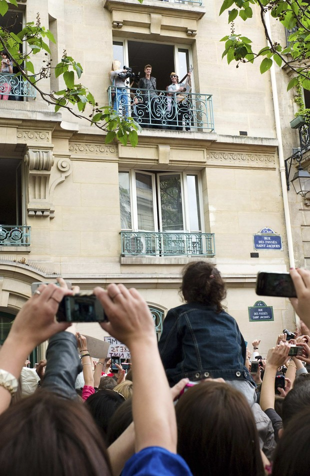 Justin Bieber em Paris (Foto: Agência/ Reuters)