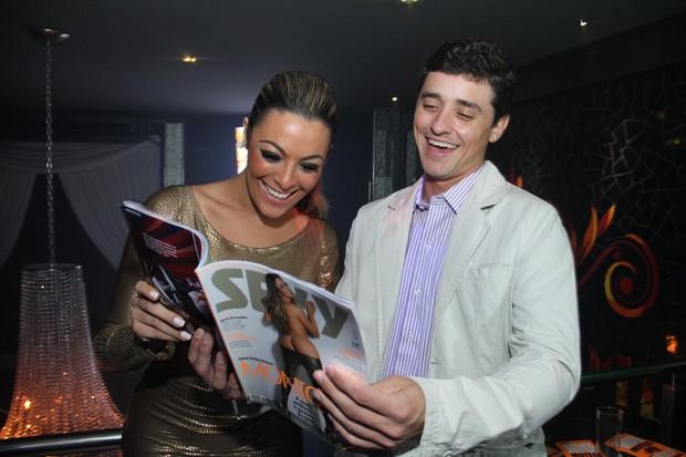 Ex-BBB Fael no lançamento da revista de Monique no Rio (Foto: Thyago Andrade/ Photo Rio News)
