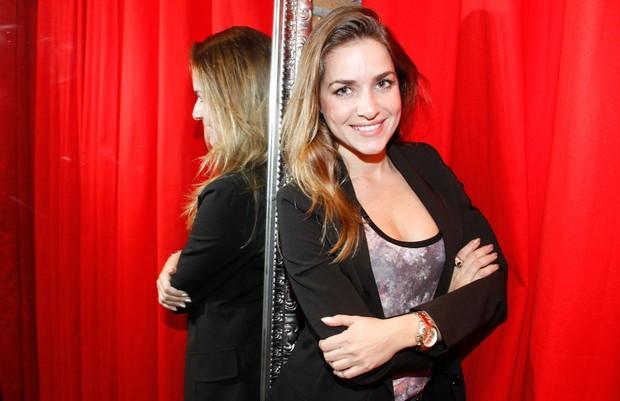 Monique Alfradique em inauguração de loja em São Paulo (Foto: Amauri Nehn/ Ag.News)