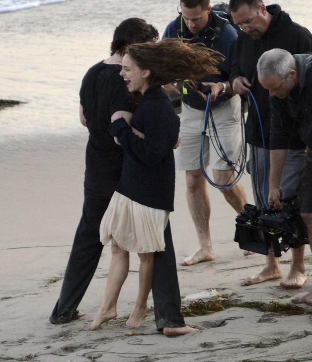 Natalie POrtman e Christian Bale (Foto: Agência Grosby Group)