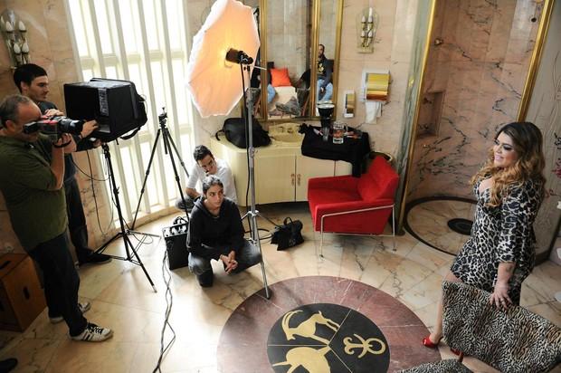 Preta Gil Posa Pra sua Linha de Roupas (Foto:  Bob Wolfenson / Divulgação)