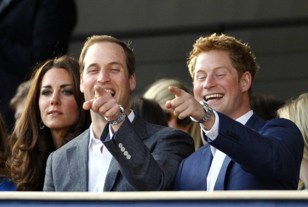 Kate Middleton e os príncipes William e Harry (Foto: Reuters)