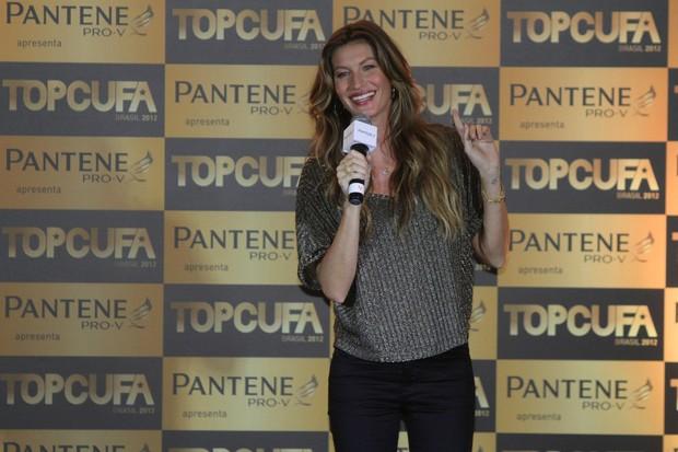 Gisele Bundchen (Foto: Roberto Filho e Alex Palarea- Agnews)