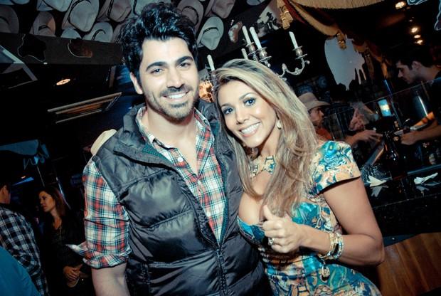 Ex-BBBs Rodrigão e Fabiana em evento em São José do Rio Preto, interior de São Paulo (Foto: Marcos Madi/ Divulgação)