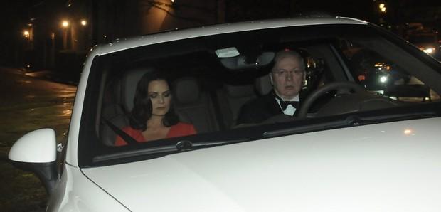 Luiza Brunet e Lírio Parisotto no casamento de Tammy Kattan e David Safra em São Paulo (Foto: Francisco Cepeda/ Ag.News)