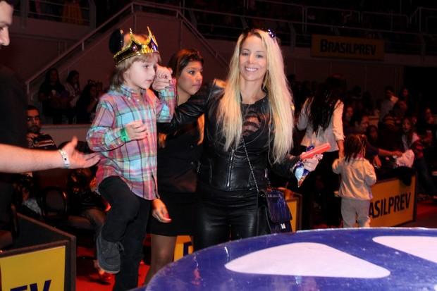 Noah participa do espetáculo (Foto: Roberto Filho/AgNews)