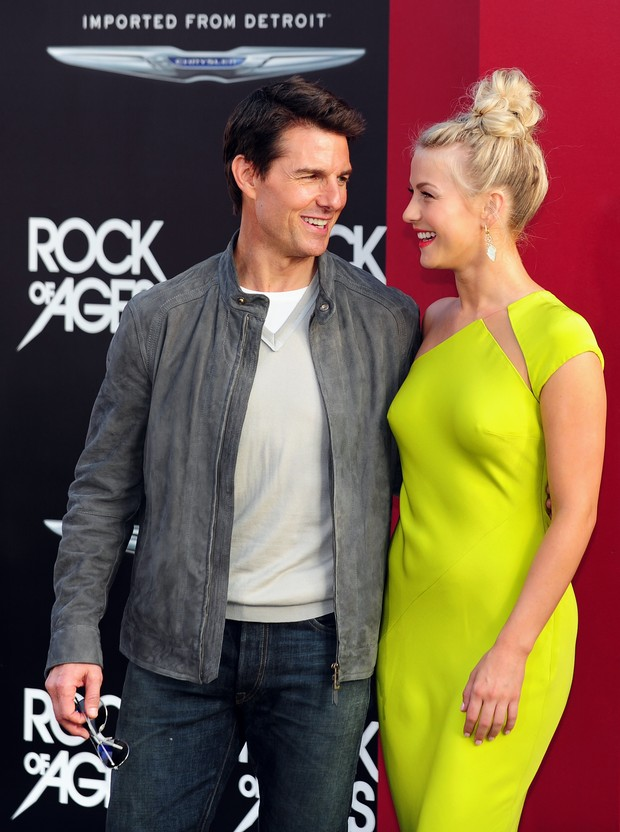 Julianne Hough e Tom Cruise na pré-estreia do filme 'Rock of Ages' em Hollywood (Foto: AFP)