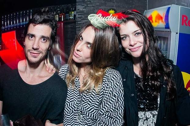Luca Bianchi, Livia de Bueno e Alinne Moraes (Foto: Raul Aragão/ Divulgação)