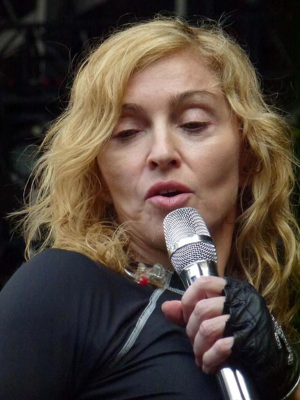 Madonna em ensaio para show em Roma, na Itália (Foto: Grosby Group/ Agência)