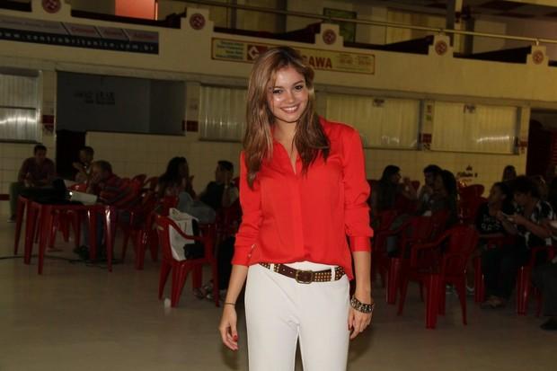 Sophie Charlotte na quadra do Salgueiro, na Zona Norte do Rio (Foto: Adna Barbosa/ Foto Rio News)