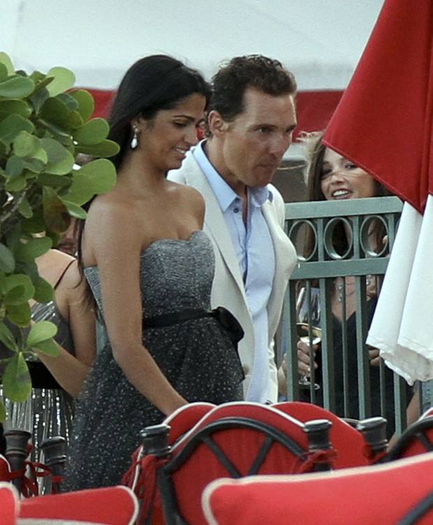 Camila Alves e Matthew McConaughey (Foto: Ag&#234;ncia Grosby Group)