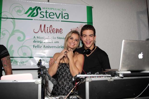 Ronald e Milene Domingues no aniversário dela em São Paulo (Foto: Orlando Oliveira/ Ag. News)