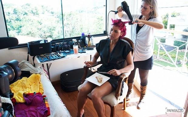 Paparazzo Thais Bianca making of (Foto: Claudio Fagundes/Paparazzo)