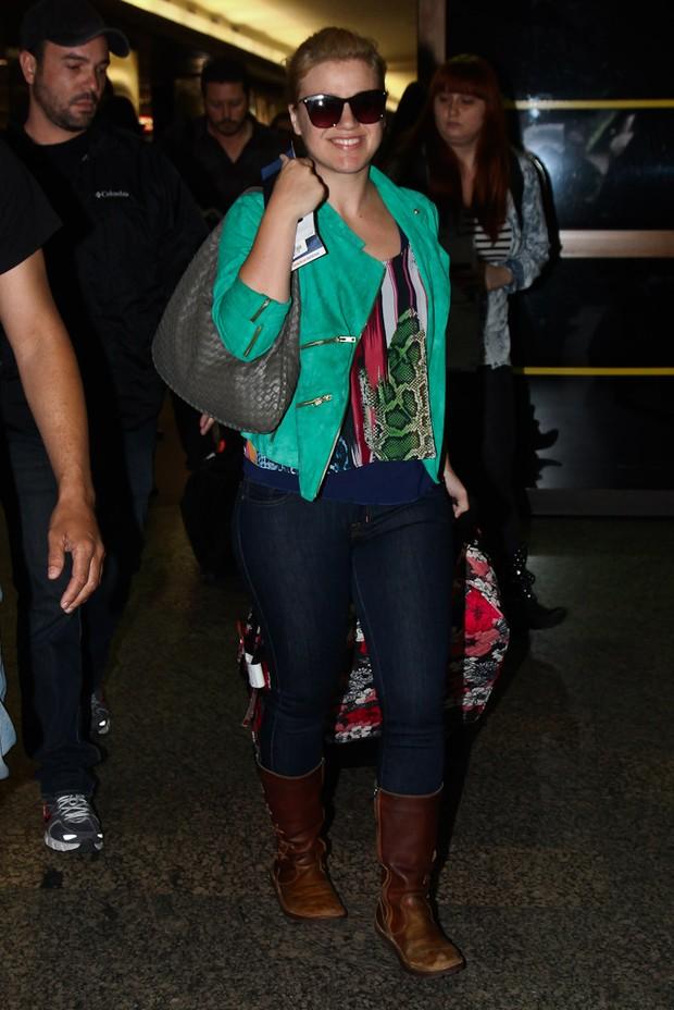 Kelly Clarkson llega en el aeropuerto de Guarulhos (Foto: Manuela Scarpa / Foto Río Noticias)