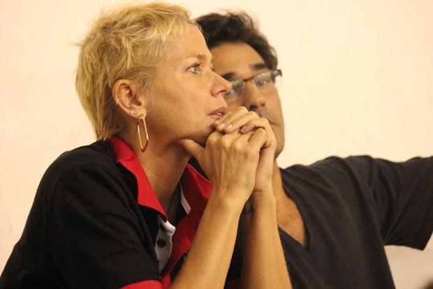Xuxa e Luciano Szafir assistem jogo de Sasha (Foto: Binho Dutra / Divulgação)