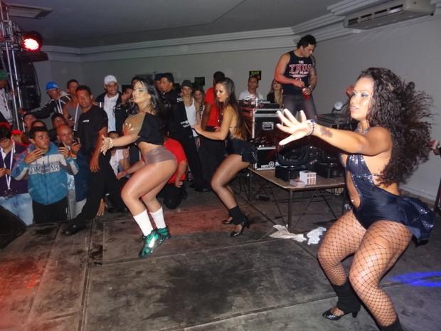 Mulher Melancia faz show no interior de São Paulo (Foto: Divulgação)