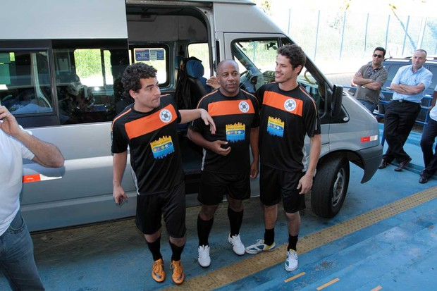 Thiago Martins, Jos&#233; Loreto, Ailton Gra&#231;a (Foto: Orlando Oliveira/AgNews)