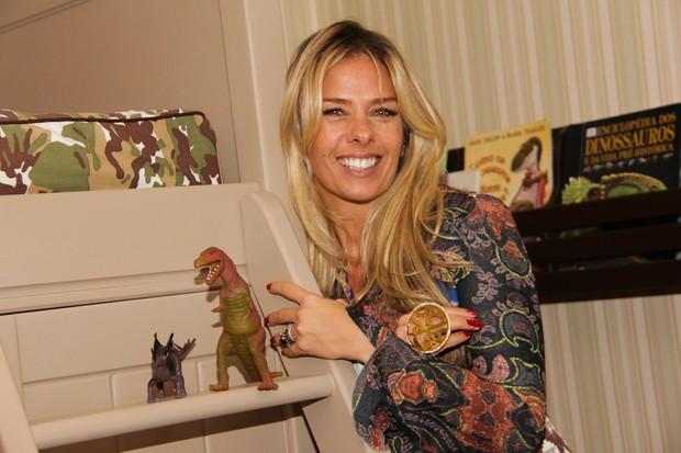 Adriane Galisteu e famosos na inauguração de espaço de decoração infantil  (Foto: Milene Cardoso/AgNews)