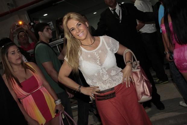 Carla Perez no show do Harmonia do Samba, no Rio (Foto: Isac Luz/EGO)