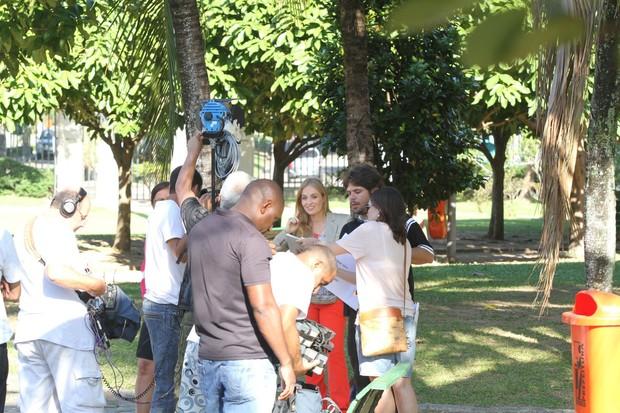 Angélica grava 'Estrelas' (Foto: Clayton Militão / Foto Rio News)
