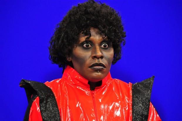 Pepê e Neném se tranformam em Michael Jackson para programa Rp_nenem