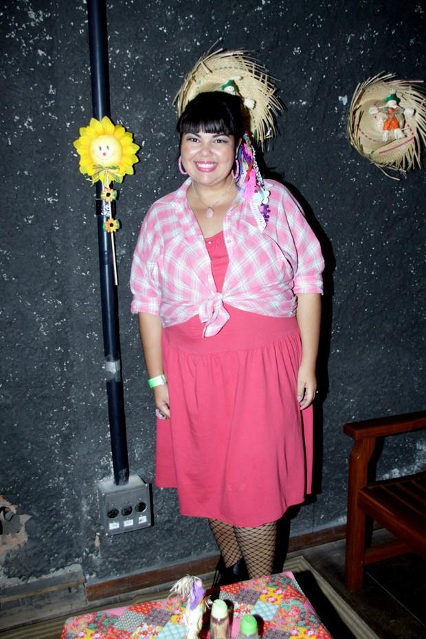 Fabiana Karla na festa caipira do Retiro dos Artistas (Foto: Graça Paes/Foto Rio News)
