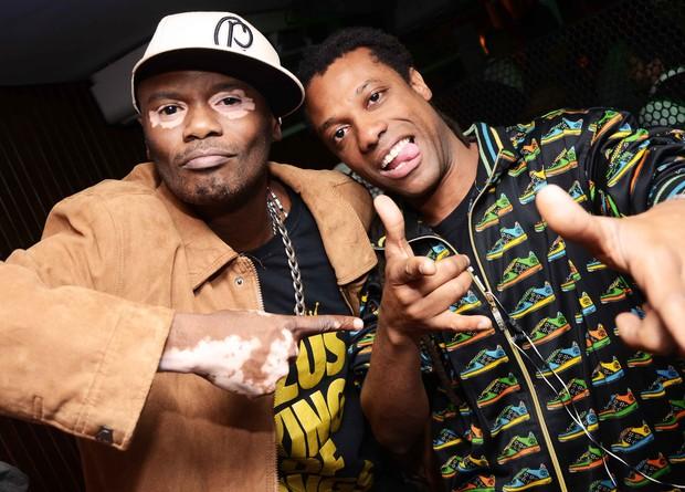 Rappin Hood e DJ Negralha em boate no Rio (Foto: Ari Kaye/ Divulgação)