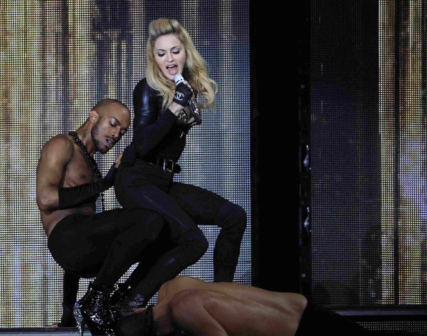 Madonna se apresenta em Bruxelas, na B&#233;lgica (Foto: Reuters/ Ag&#234;ncia)