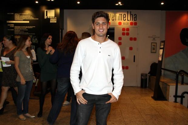 Daniel Rocha na estreia da peça 'Conto de Verão' (Foto: Graça Paes / Foto Rio News)