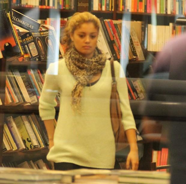 Sophie Charlotte em shopping do Rio (Foto: Marcus Pavão / AgNews)