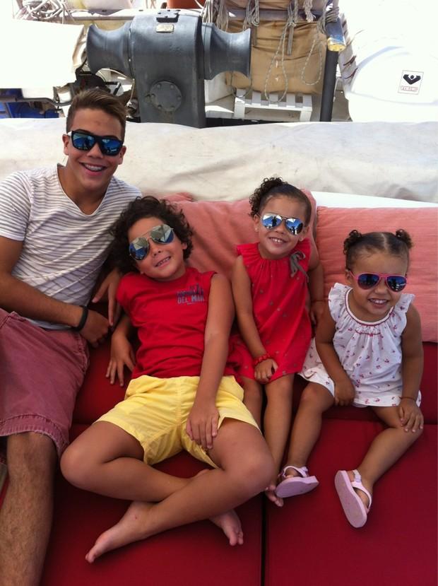 Ronaldo posta foto dos filhos (Foto: Twitter / Reprodução)