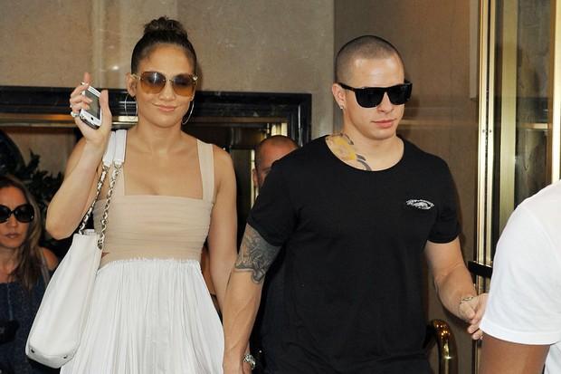 Jennifer Lopez e Casper Smart (Foto: Honopix / Frame)