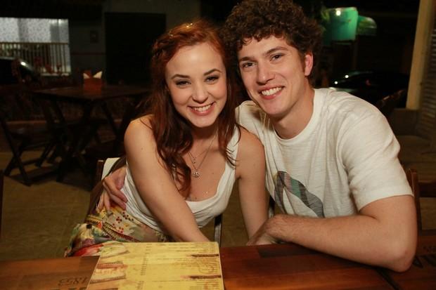 Juliana Lohmann  e Caio Paduan em festa de 'Malhação' em restaurante no Rio (Foto: Marco Macedo/ Divulgação)