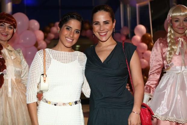 Wanessa Camargo e a irmã (Foto: Iwi Onodera/ EGO)
