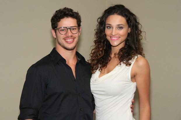 José Loreto e Débora NAscimento (Foto: Roberto Filho/Agnews)
