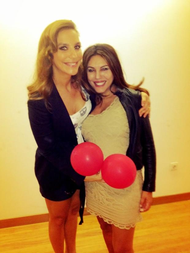 Márcia e Ivete Sangalo (Foto: Reprodução/Twitter)