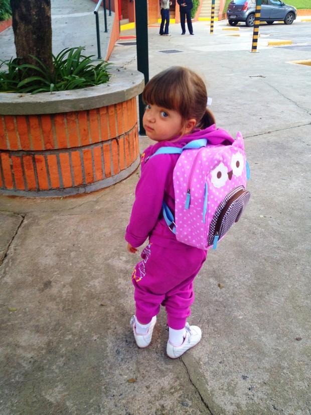 Rafaella Justus no primeiro dia de escola (Foto: Twitter / Reprodução)
